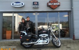 BERTL'S HARLEY-DAVIDSON ® _ BAMBERG - 2015 XL1200T Sportster Superlow Vivid Black customized